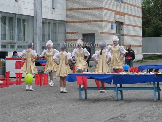 Поселок Курорт Озеро Медвежье (Курганская область) - 005 - Выступление на празднике
